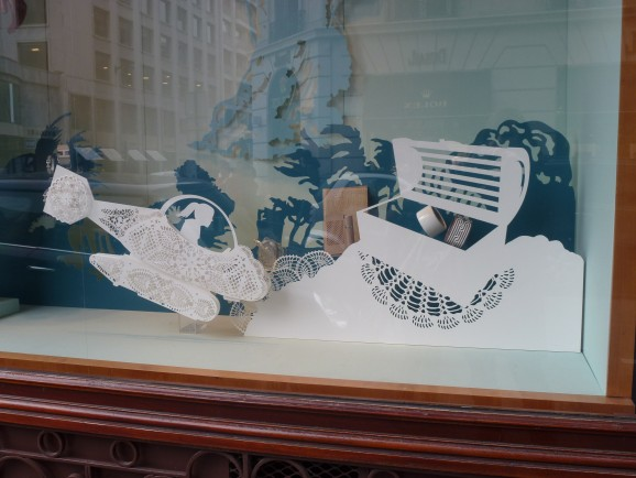 Paper Art, Hermès window display. Paris