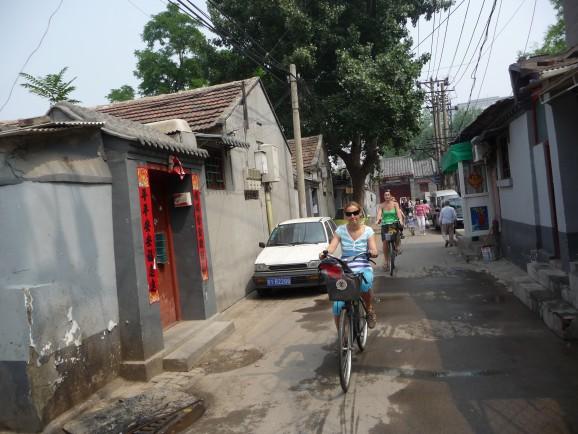 Straßenszene im Hutong-Viertel von Peking
