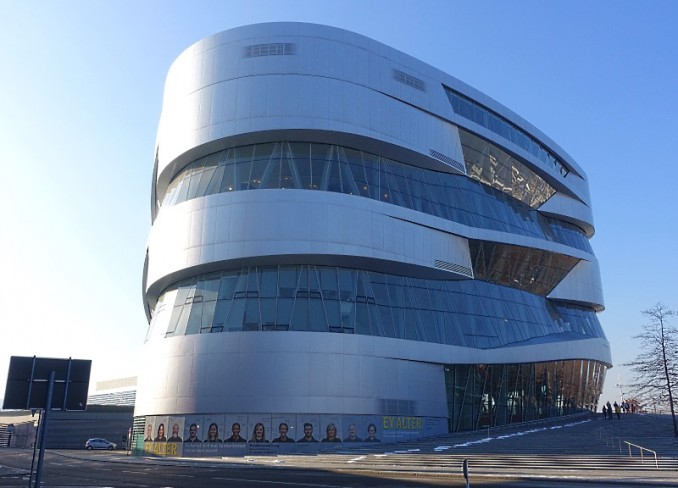 Das Mercedes-Benz Museum in Stuttgart
