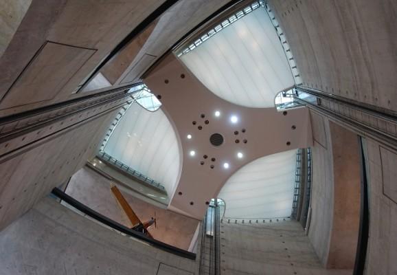 MercedesBenzMuseumUNStudio