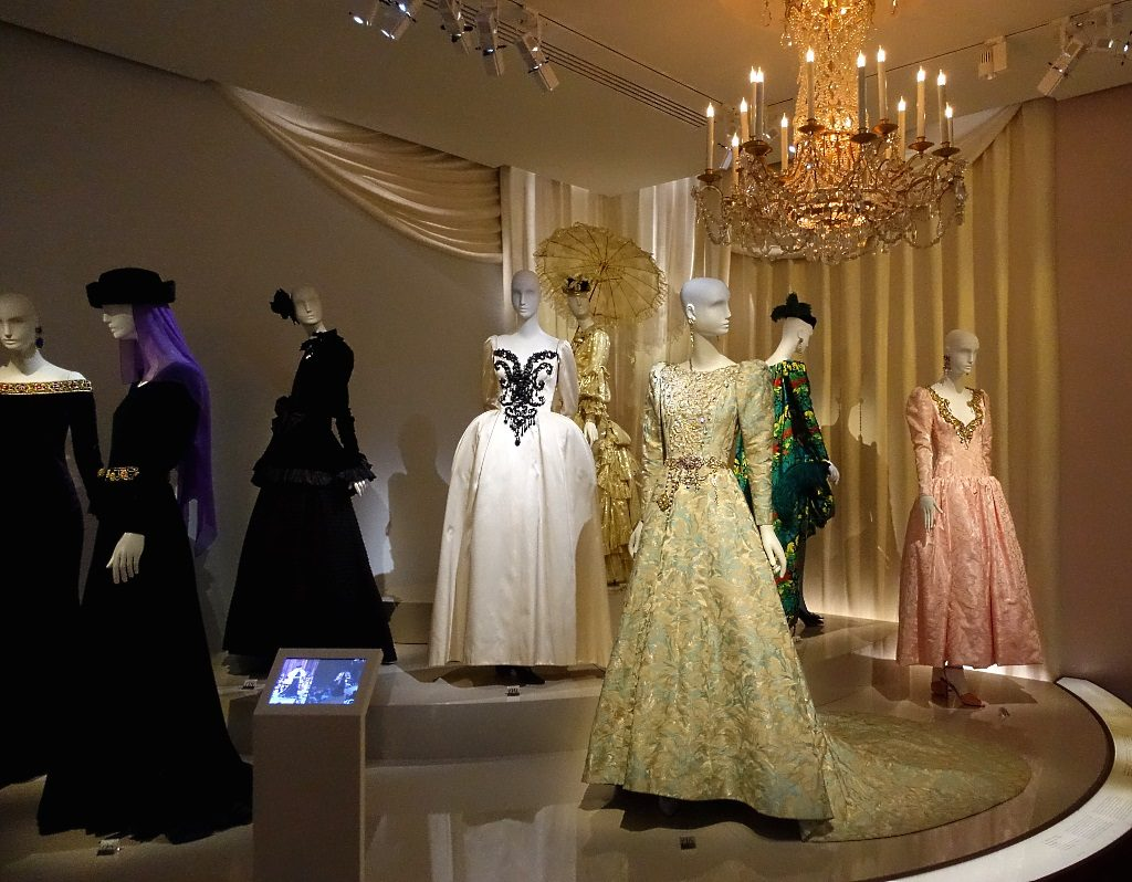 Saint Laurent et la histoire de la mode