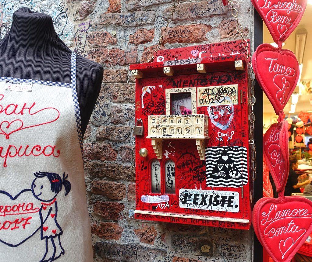 Verona: Briefkasten für Julia