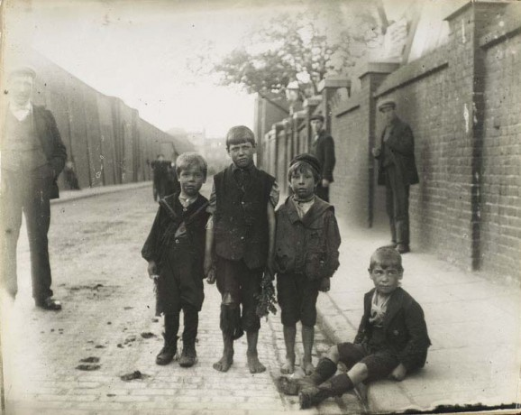 Street children in victorian London