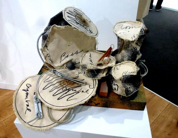 Stoffschlagzeug von Claes Oldenburg und Coosje van Bruggen