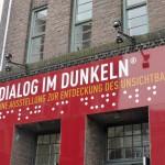 Sinne schärfen: Dialog im Dunkeln in Hamburg