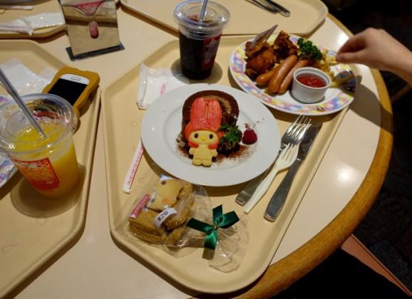 Sanrio Puroland: Restaurant