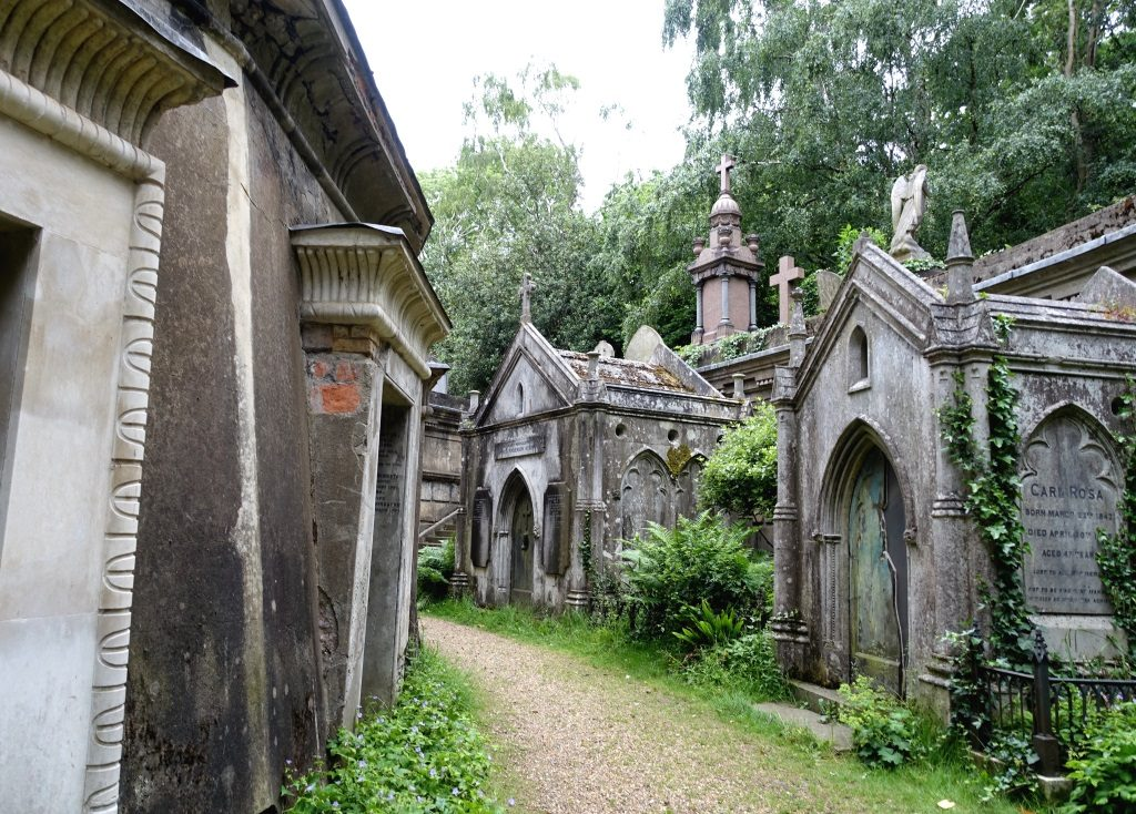 Highgate Cemetery Circle of Lebanon