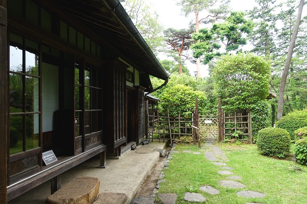 Korekiyo Takahashi house backyard