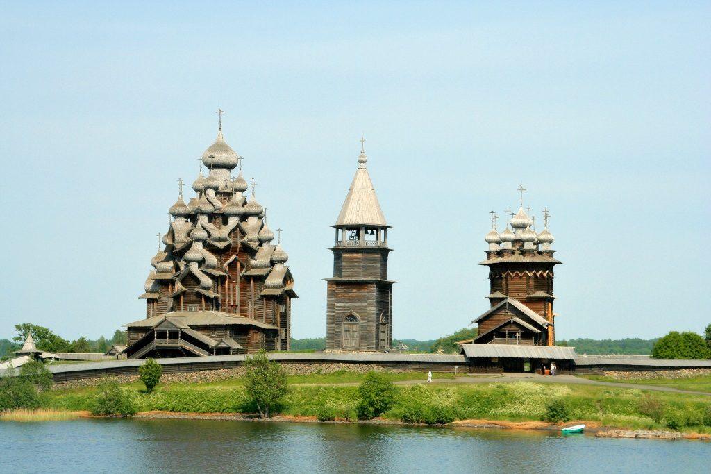 Die Kirchen von Kishi