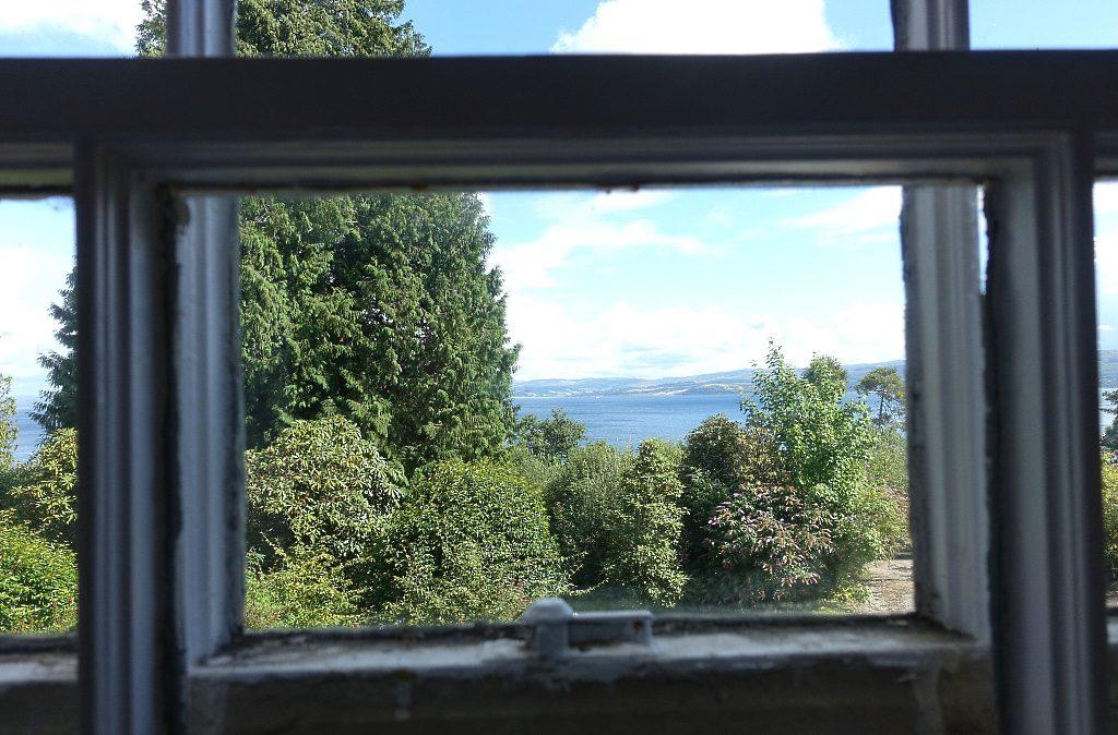 Stonefield Castle: Loch Fine view