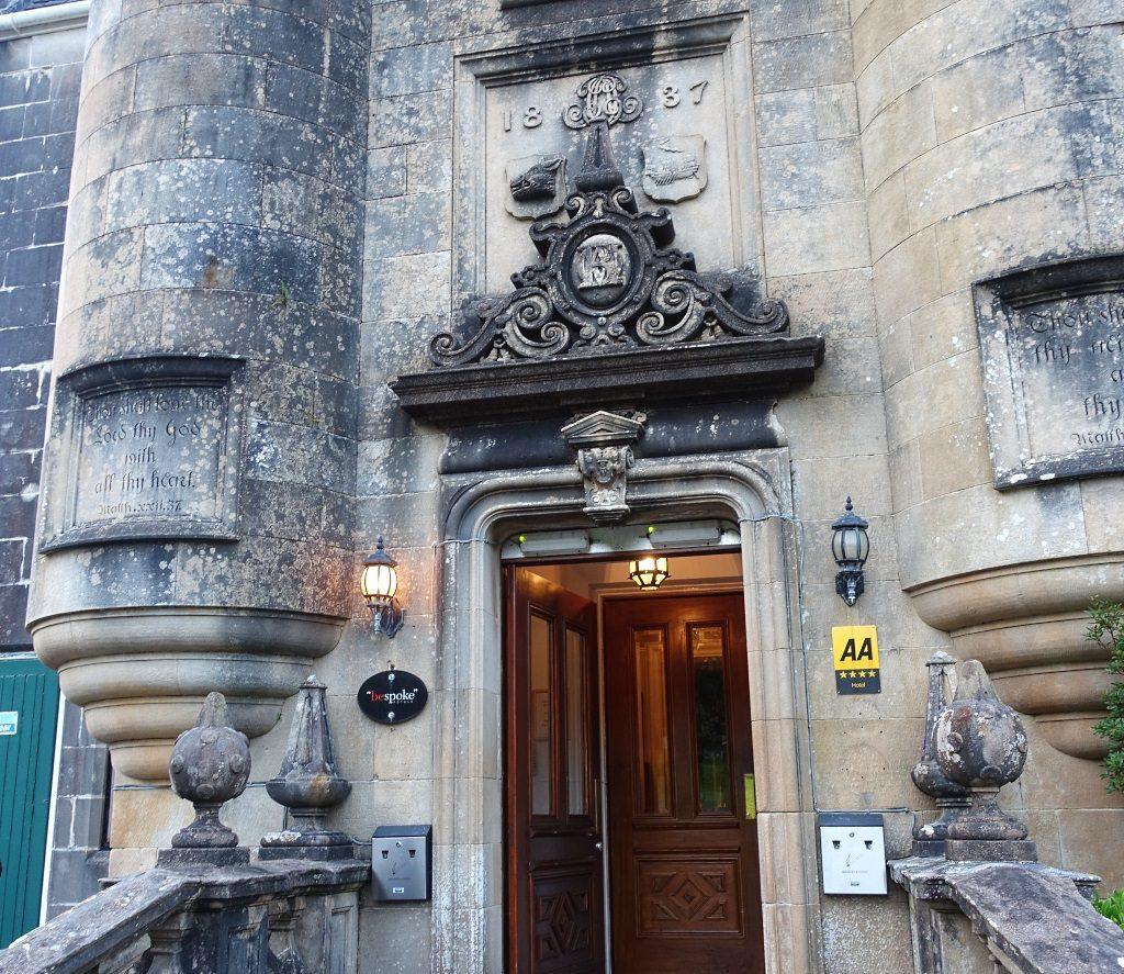 Stonefield Castle: Scottish Baronial