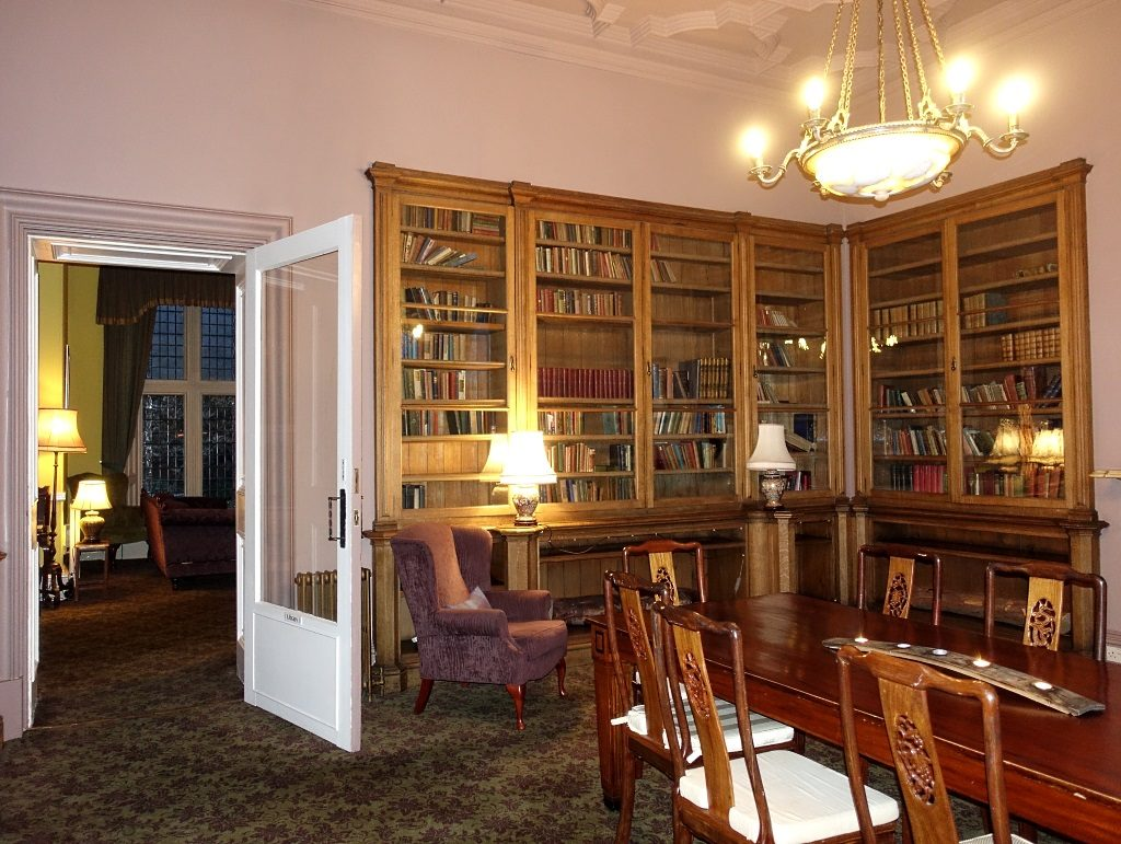Stonefield Castle Library