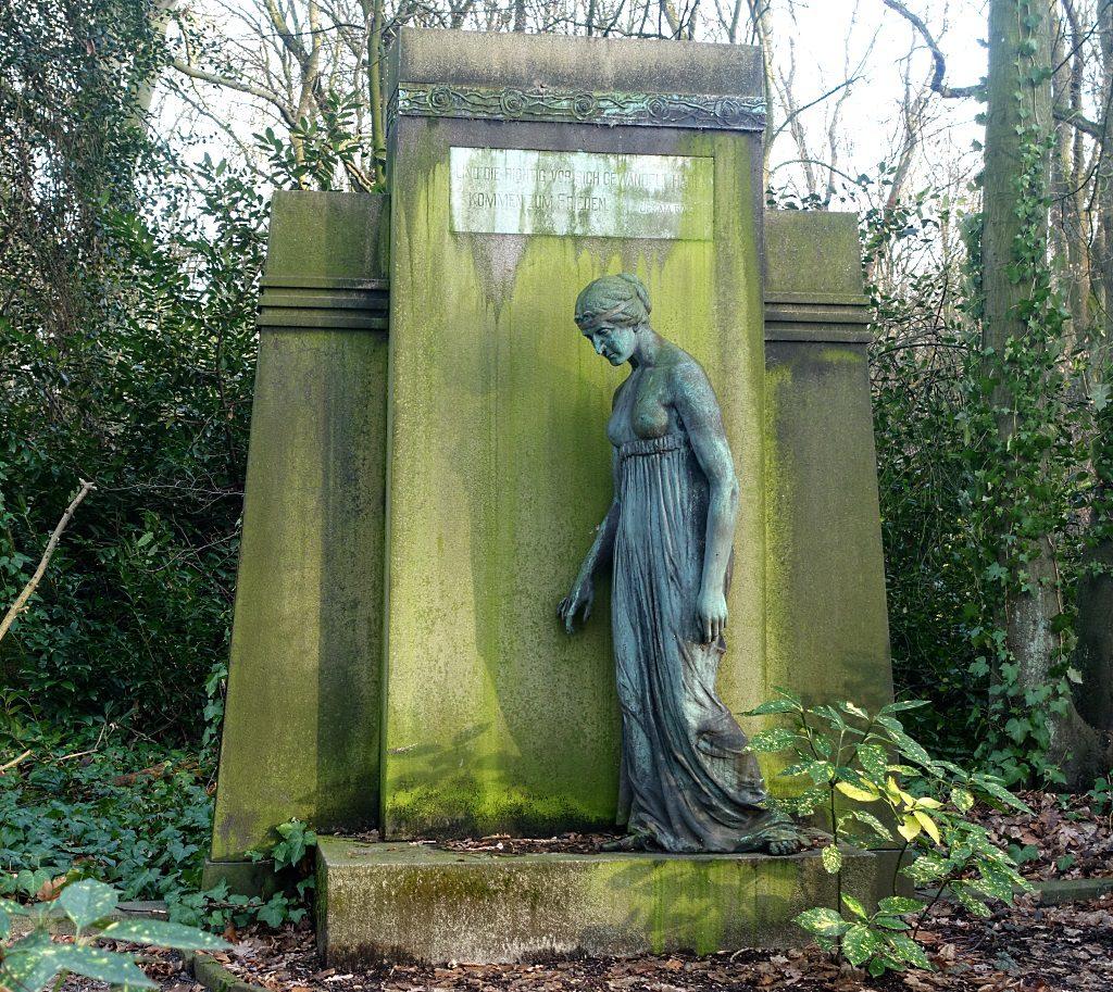 Benno Elkan, Ostenfriedhof Dortmudn