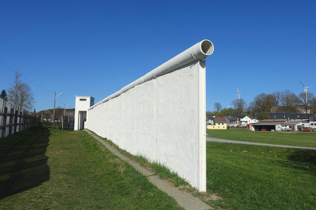 Die Mauer von Mödlareuth: eine deutsch-deutsche Grenze auf dem Dorf