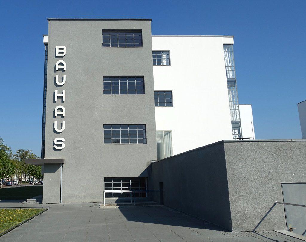Bauhaus-Schriftzug Dessau