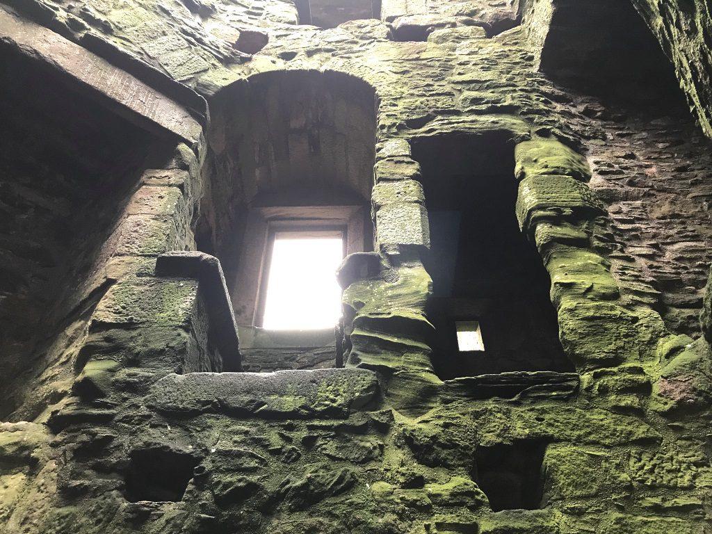 Familienreise Schottland: Spukt es in Dunnottar Castle?