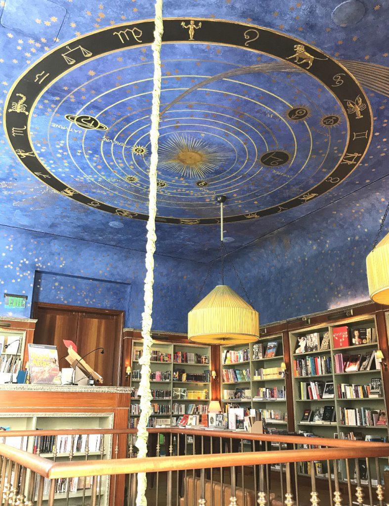 Bookstagram: Albertine bookstore, New York