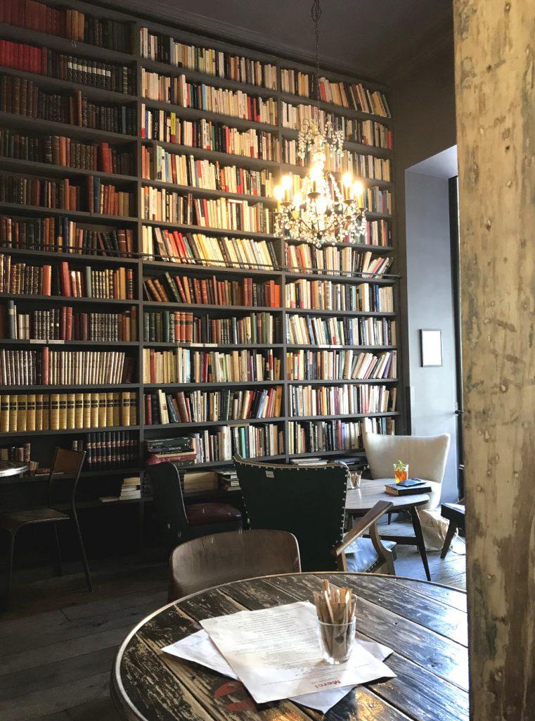 Bookstagram: Used Book Café, Merci-Merci