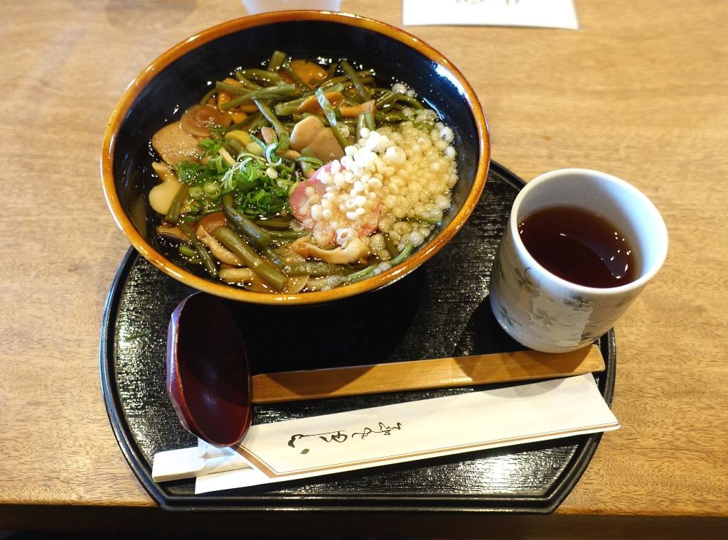 Wazuka: green tea soba noodles